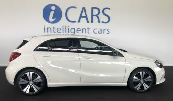 Mercedes-Benz A 180 Activity Edition cheio