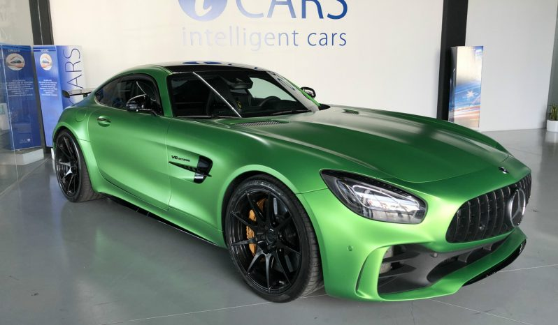 Mercedes-Benz AMG GT R Carbon Edition cheio